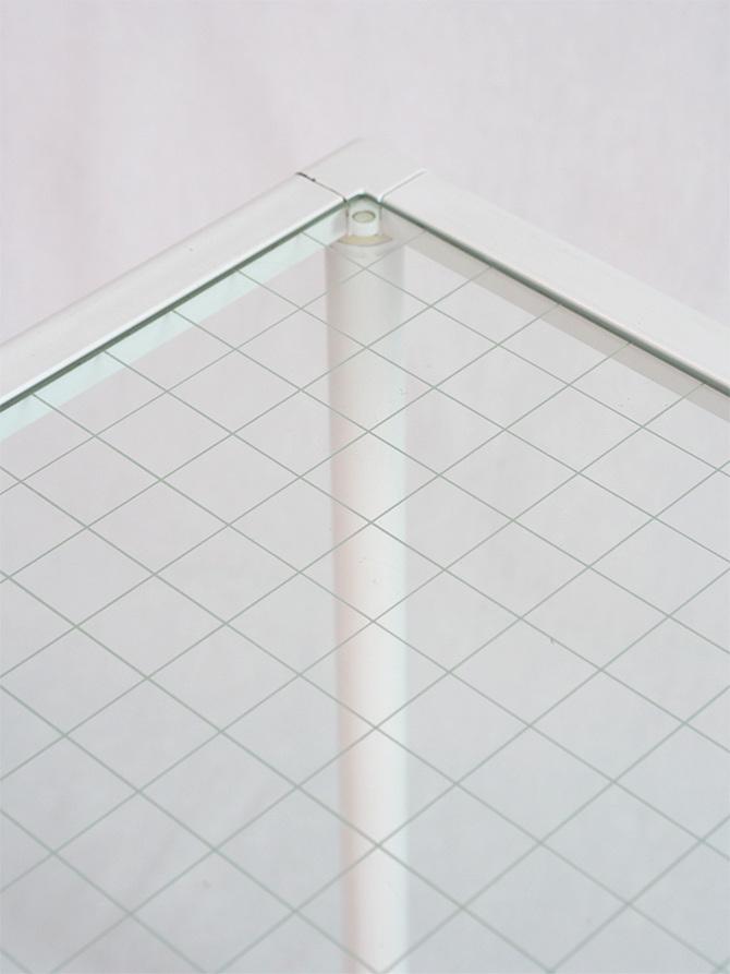 Mesa con sobre de cristal 100 x 60 passeu passeu for Mesa cristal 100 x 50